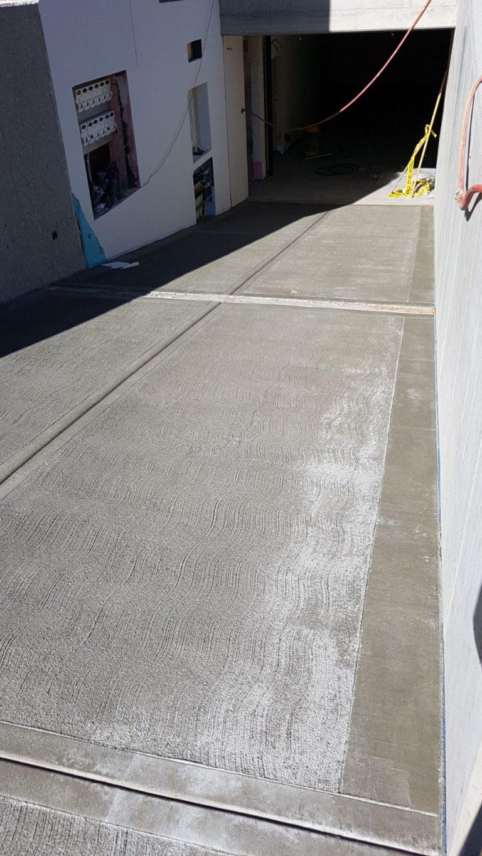 """Realizzazione rampe antiscivolo pettinate o """"scopate"""" e rampe a spina di pesce in cemento - Bortolotto Roberto"""