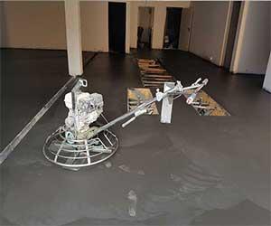 Pavimento in cemento armato interno , elicotterato Bortolotto Roberto