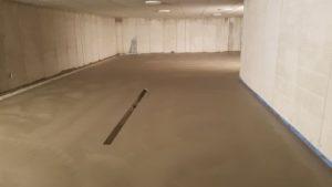 Realizzazione pavimento interno anti olio anti macchia anti-usura, per garage, in cemento al quarzo corindone - Bortolotto Roberto