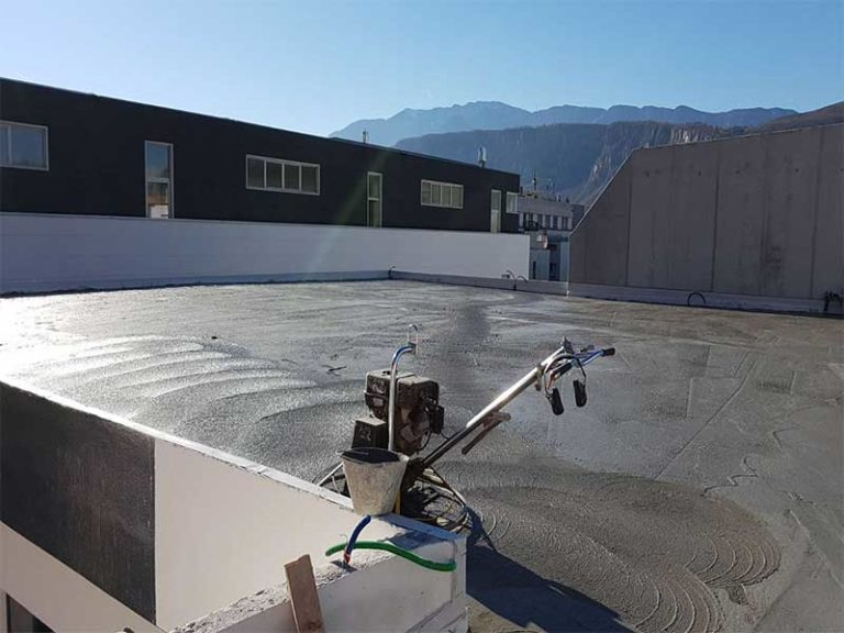 Realizzazione Pavimento Industriale ad alte prestazioni in cemento armato esterno capannone - Bortolotto Roberto