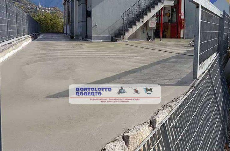 Pavimentazione Esterna in CLS - Pavimento Industriale Esterno in Calcestruzzo - Piazzale in Cemento Armato ad Alta Resistenza - Bortolotto Roberto Pavimento industriale esterno capannone