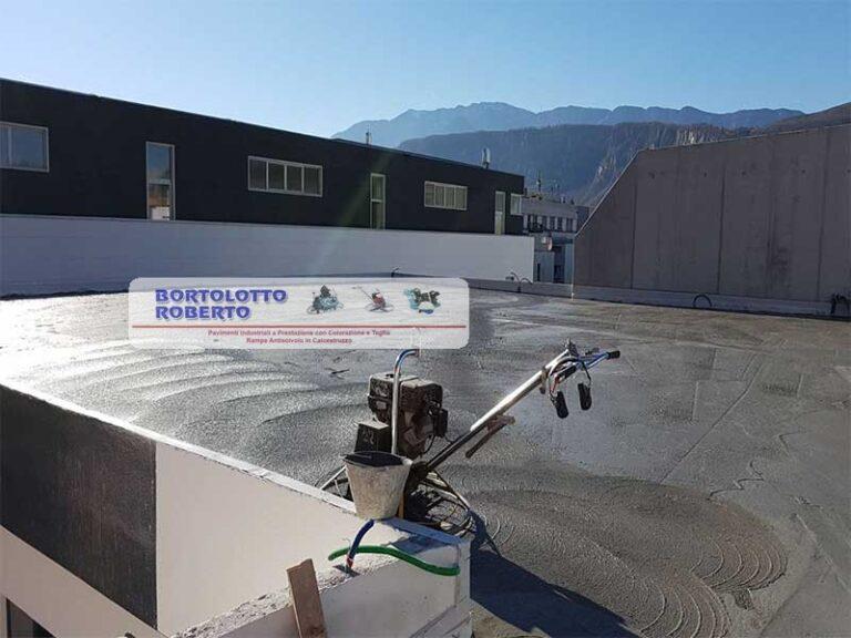 pavimentazione esterna in cemento armato realizzazione