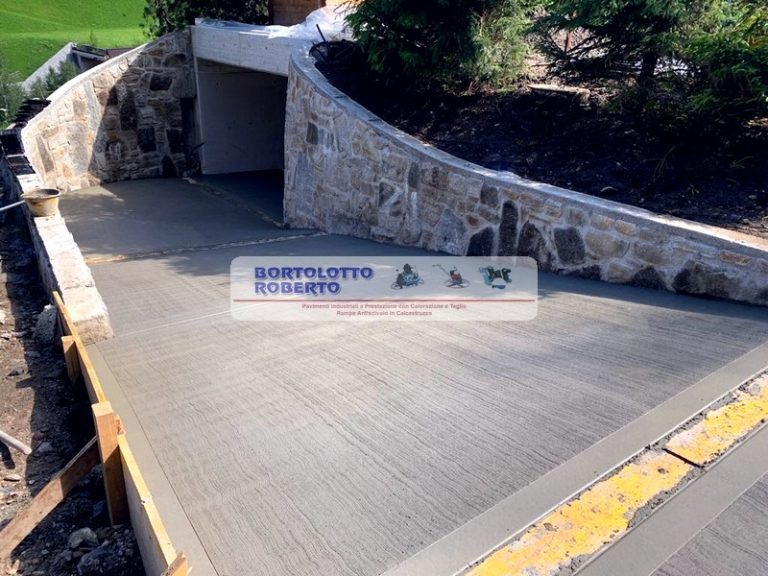 costruzione rampe antiscivolo in cemento Bortolotto